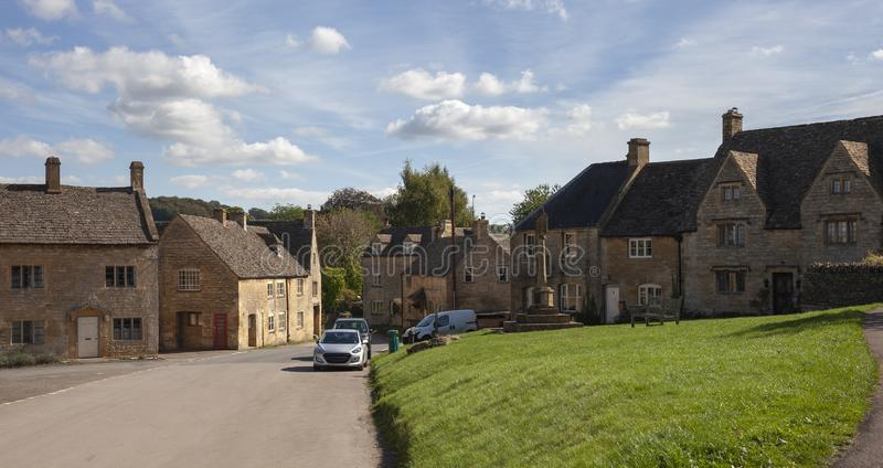 Guiting maktby, Cotswolds, Gloucestershire, England royaltyfria foton