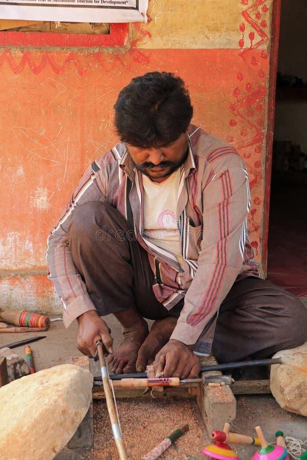 Gujarati Woodcarver στοκ εικόνες