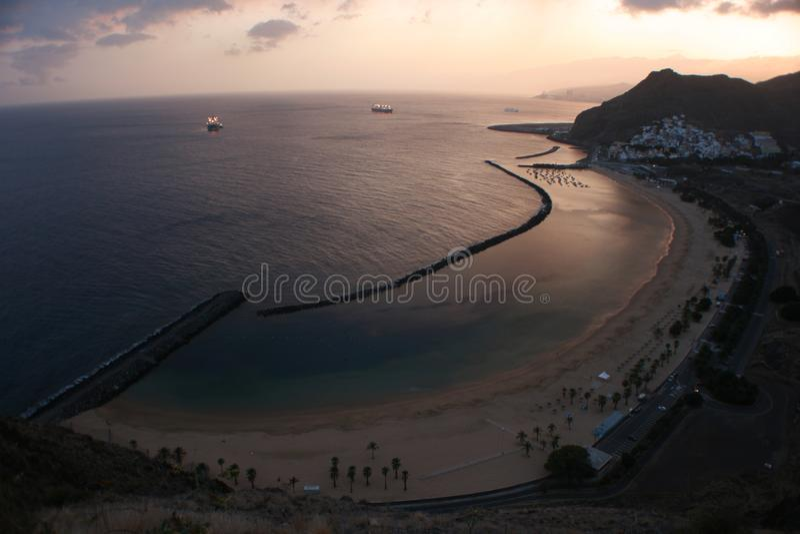 Gul sandstrand Tenerife royaltyfri bild