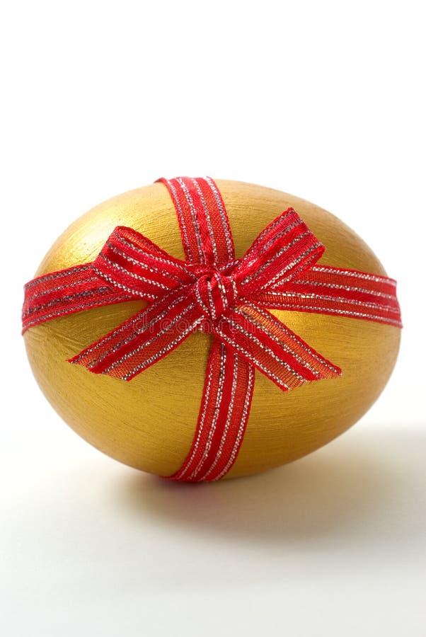 guld- ägg royaltyfri fotografi