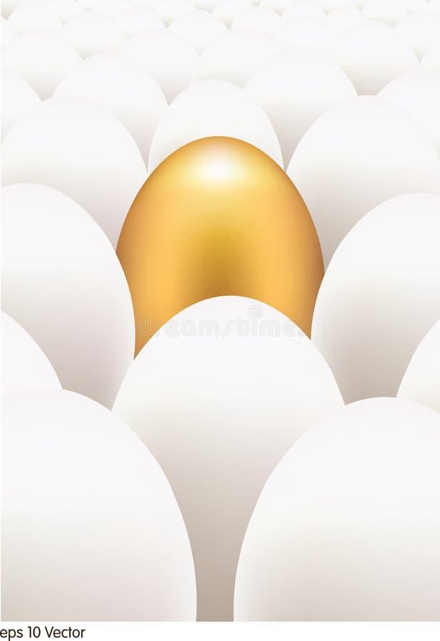 Guld- ägg som står ut från andra stock illustrationer