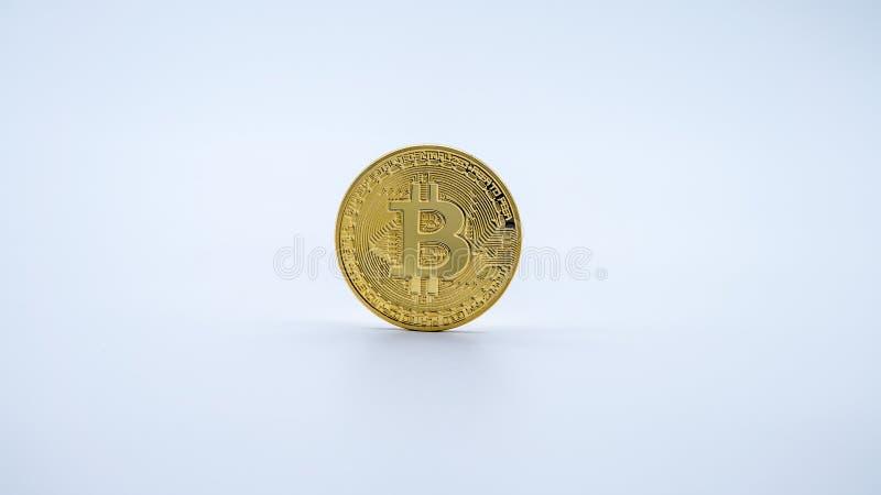 Guld- Bitcoin för fysisk metall valuta, vit bakgrund Cryptocurrency arkivfoto