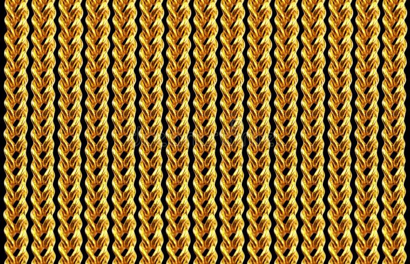 Guld- chain halsband som isoleras på svart, closeup, för bakgrund arkivfoton