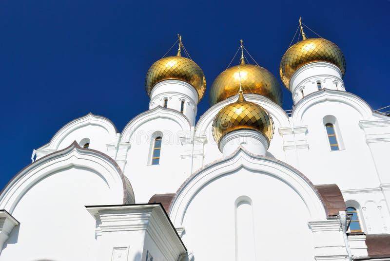 Guld- cirkel av Ryssland, Yaroslavl. Ny antagandedomkyrka arkivbild