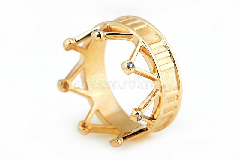 Guld- cirkel i formen av en krona arkivfoton