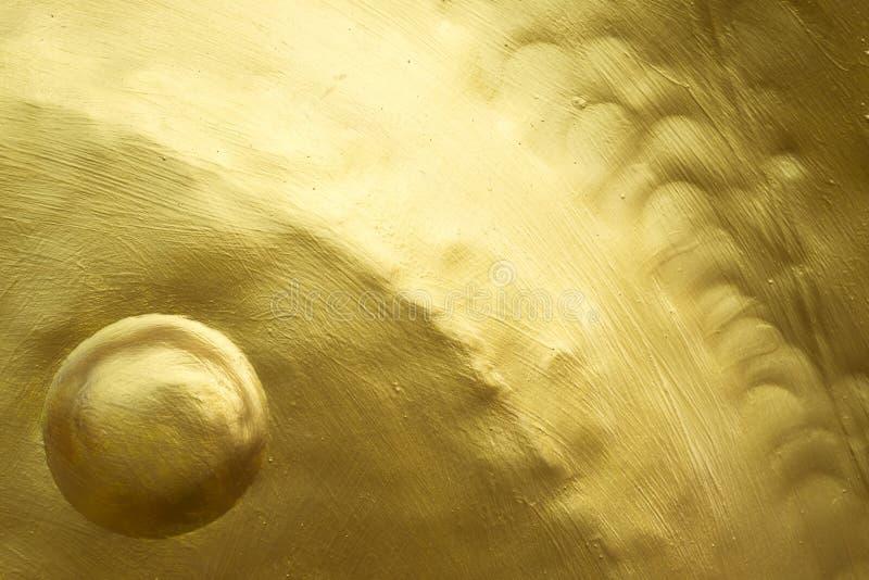 Guld- färg målad textur på metall fotografering för bildbyråer