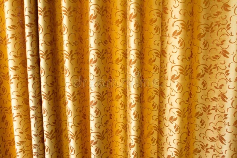 Guld- gardin royaltyfria bilder