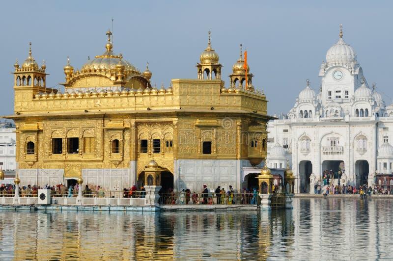 guld- india tempel royaltyfri fotografi
