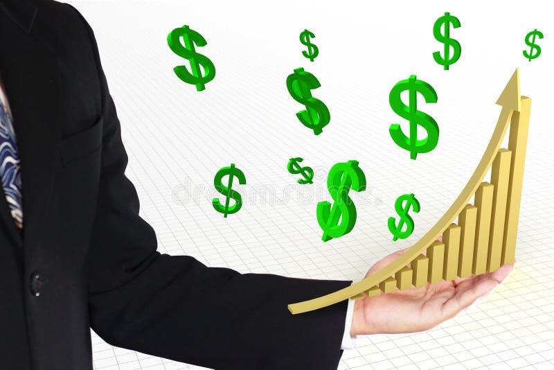 Guld- löneförhöjningpil med graf- och gräsplandollartecknet royaltyfri foto
