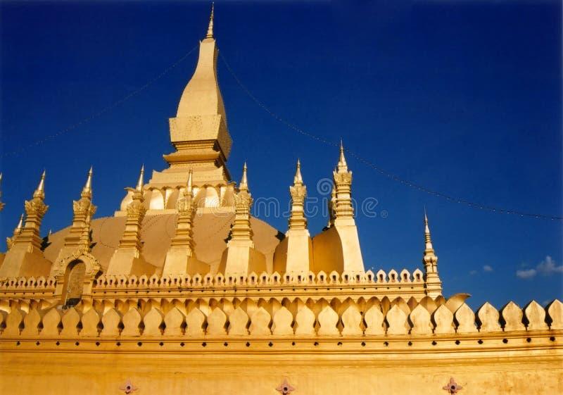guld- laos tempelvientienne arkivbilder