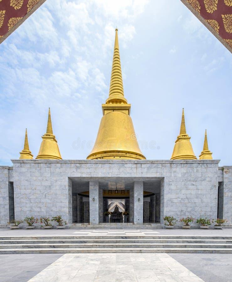 Guld- pagod för arkitekturmarmor royaltyfria foton
