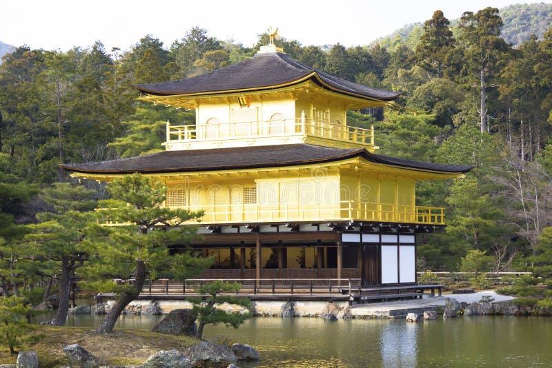 Kinkakuji Tempel I Kyoto Arkivfoto