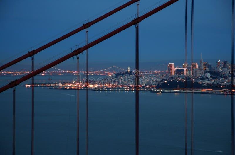 Guld- San Francisco utfärda utegångsförbud för Brid royaltyfria bilder