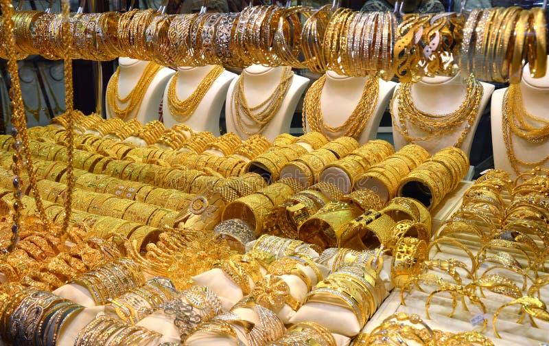 Guld- Souk i Dubai royaltyfria foton