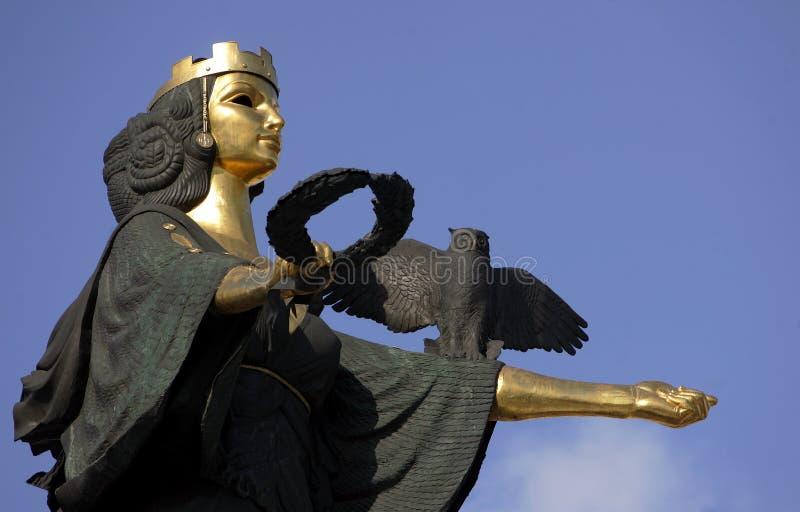 Guld- staty av St. Sofia i Sofia, Bulgarien royaltyfria bilder