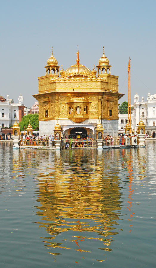 guld- tempel royaltyfri bild