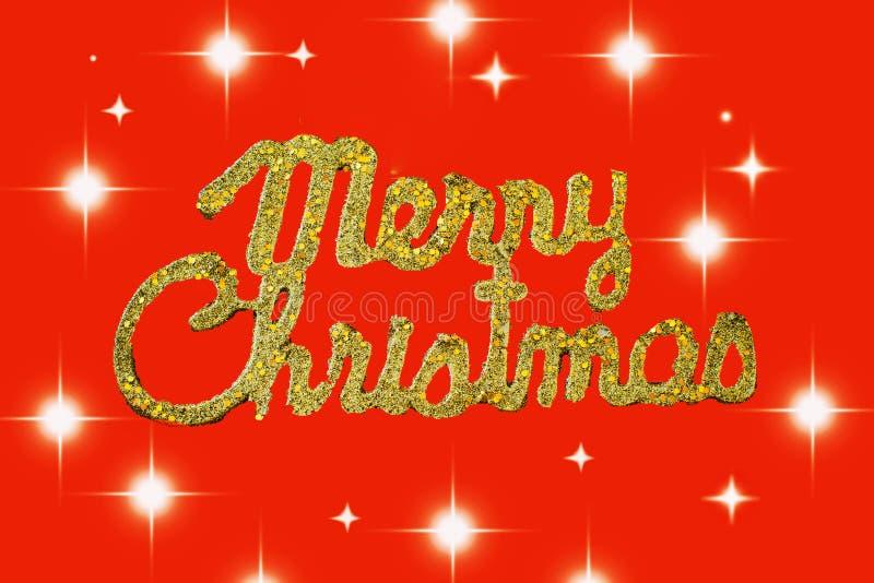 Guld- text för glad jul på en röd bakgrund med stjärnor vektor illustrationer