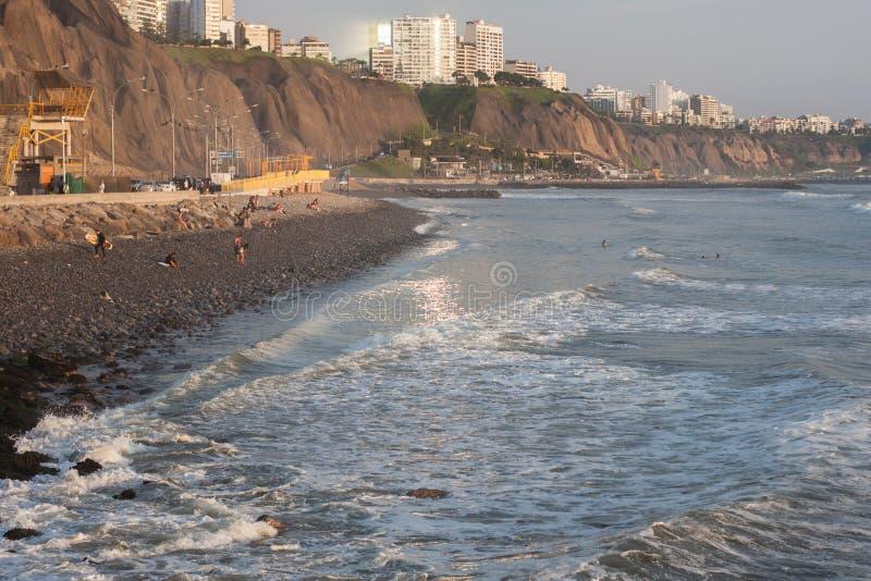 Guld- timme på Costa Verde arkivbilder