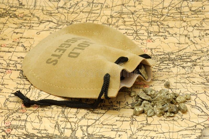 Download Guldklumpar arkivfoto. Bild av säck, rocks, utforskning - 505728