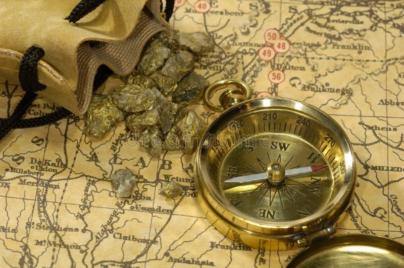 Download Guldrusch arkivfoto. Bild av kompass, begrepp, västra, industriellt - 990802