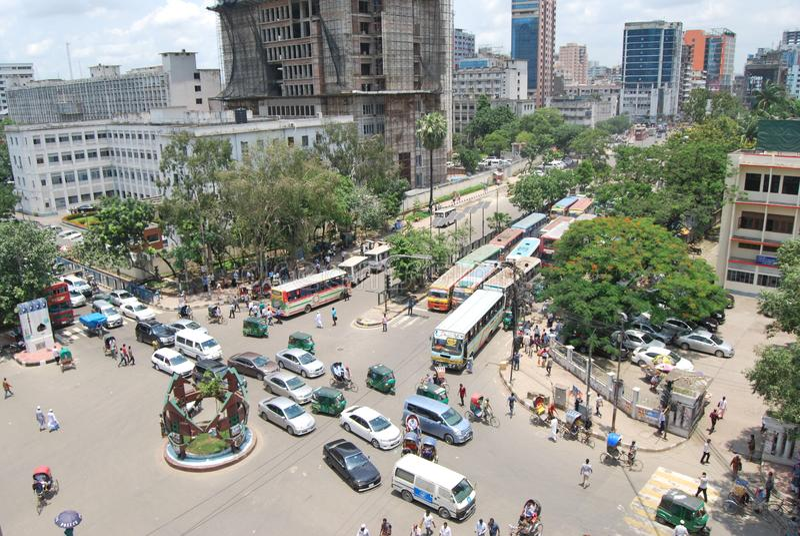 Gulistan jest prawdziwym ruchliwą ulicą Dhaka miasto fotografia royalty free