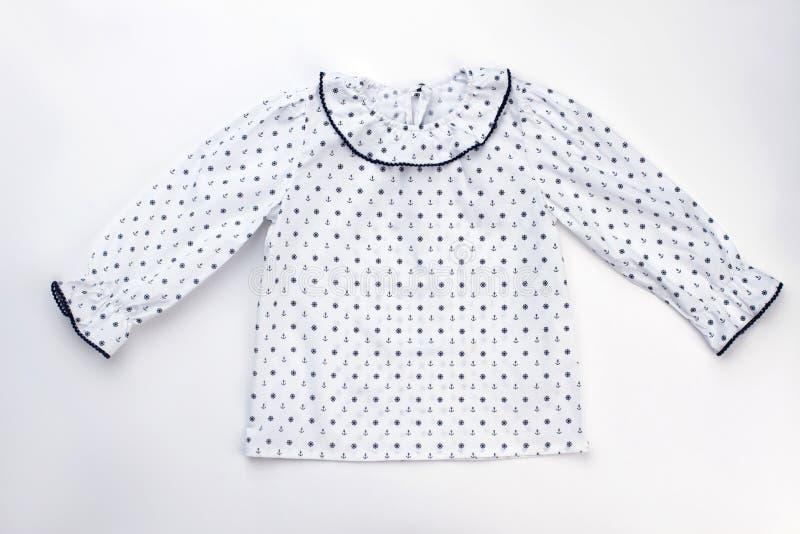 Gullig pajamaöverkant på vit arkivbilder