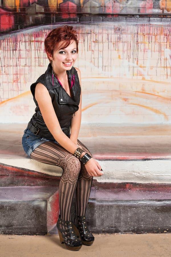 Gullig röd Haired kvinna royaltyfria bilder