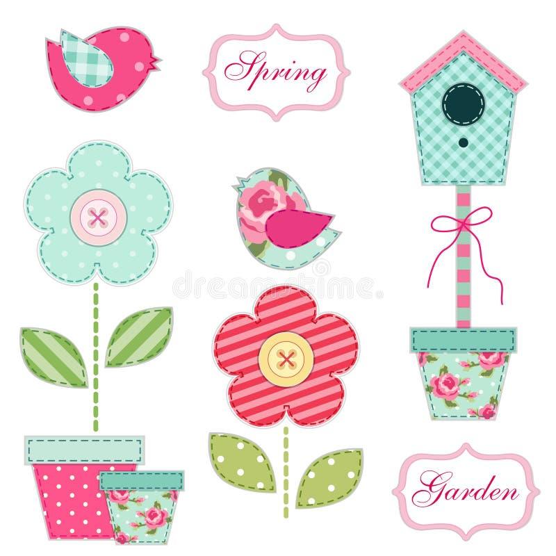 Gullig retro vår och trädgårds- beståndsdelar som tyglappapplique av fågelhuset, blommor i krukor och fåglar royaltyfri illustrationer