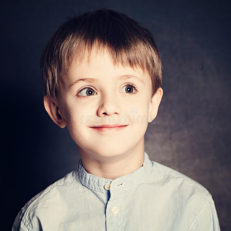 Gullig unge Little Boy royaltyfri fotografi