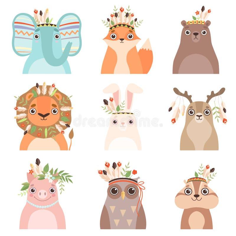 Gulliga djur som bär huvudbonaden med fjädrar, sidor och blommor uppsättning, elefant, räv, björn, lejon, hare, hjort, svin, royaltyfri illustrationer
