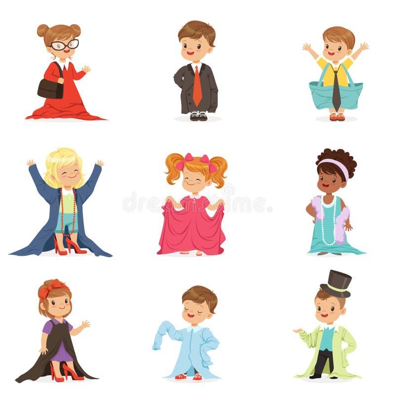 Gulliga små ungar som bär vuxen överdimensionerad kläder, ställde in, barn som låtsar för att vara vuxen människavektorillustrati stock illustrationer