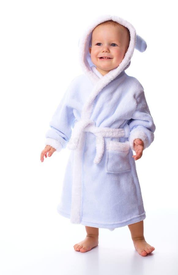 gulligt badrockbarn fotografering för bildbyråer