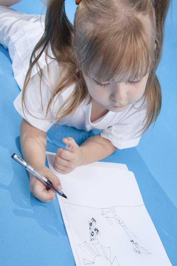 gulligt skissa för flicka som är litet arkivbilder