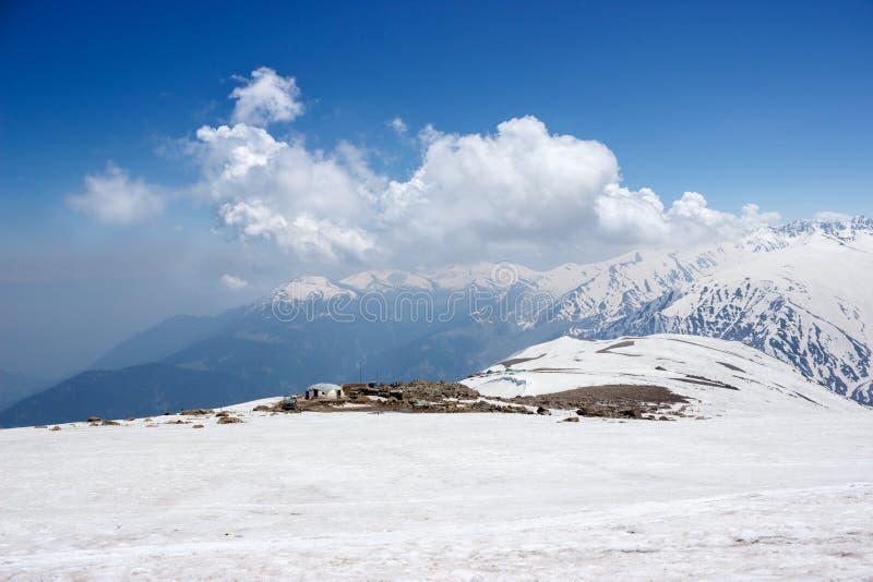 Download Gulmarg, Línea De Control, Frontera De La India Paquistán Foto de archivo - Imagen de paquistán, himalaya: 42442390