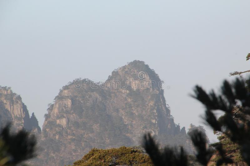 Gult berg - Huangshan, Kina royaltyfri bild