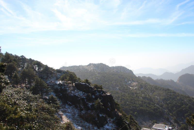 Gult berg - Huangshan, Kina royaltyfri foto