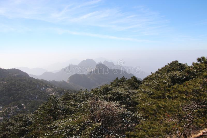 Gult berg - Huangshan, Kina royaltyfria foton