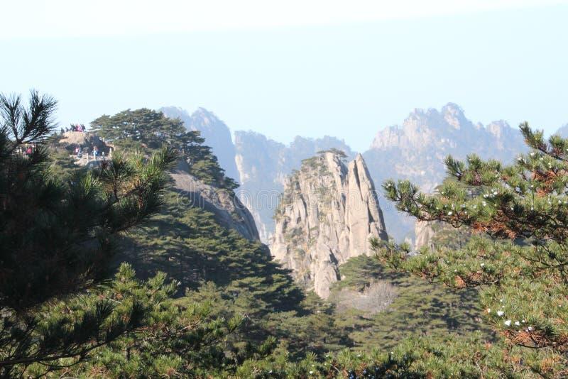 Gult berg - Huangshan, Kina arkivbilder