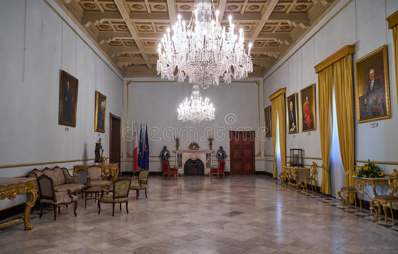 Gult statligt rum Slott för Grandmaster` s valletta malta royaltyfria bilder