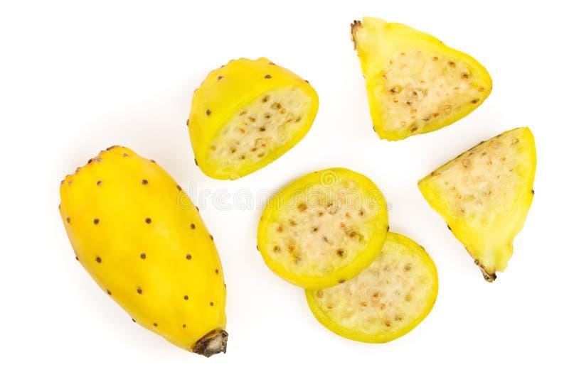 Gult taggigt päron eller opuntia som isoleras på en vit bakgrund Top beskådar Lekmanna- lägenhet arkivfoto