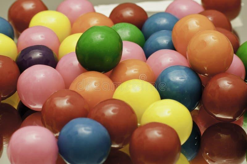 Gumballs coloreados brillantes imagen de archivo