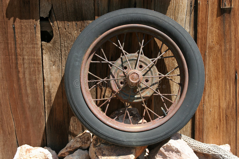 gummihjul royaltyfri bild
