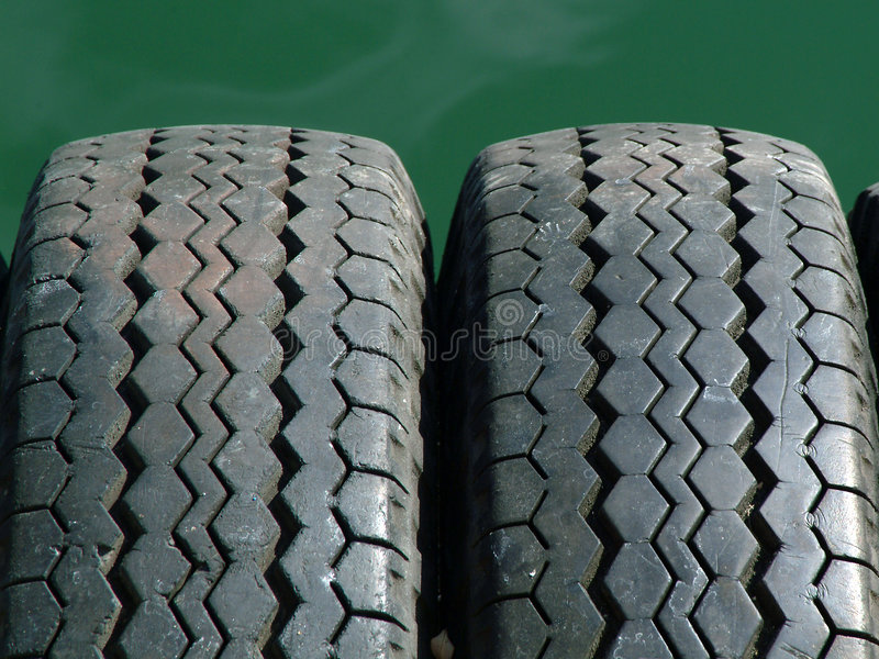 Download Gummihjul arkivfoto. Bild av däck, wear, profil, texturer - 284132