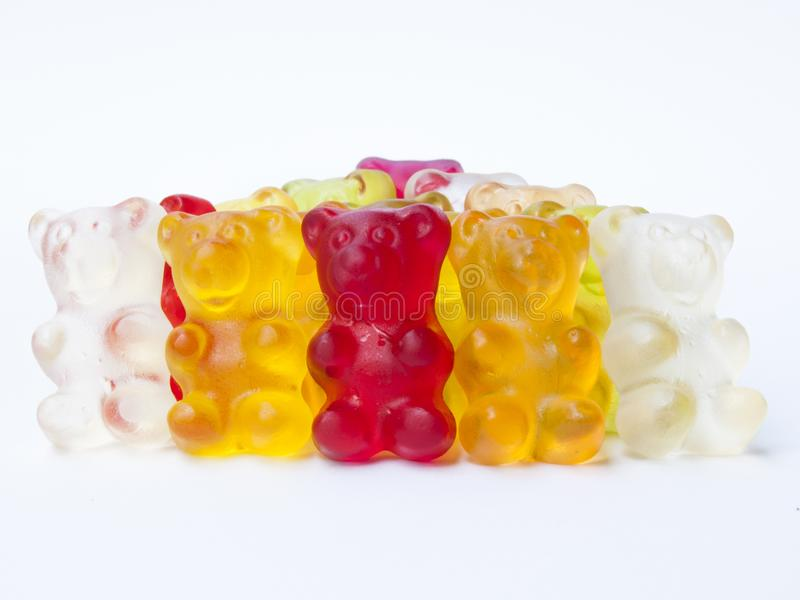 Gummy καραμέλα αρκούδων απομονωμένο στο λευκό υπόβαθρο στοκ φωτογραφία