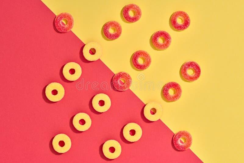 Gummy υπόβαθρο καραμελών ζωηρόχρωμο σχεδιάγραμμα ελάχιστος στοκ φωτογραφία με δικαίωμα ελεύθερης χρήσης