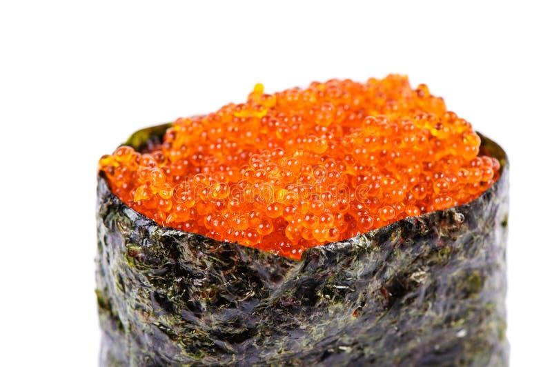 Gunkan-Sushi de Tobiko com ovas dos peixes fotos de stock