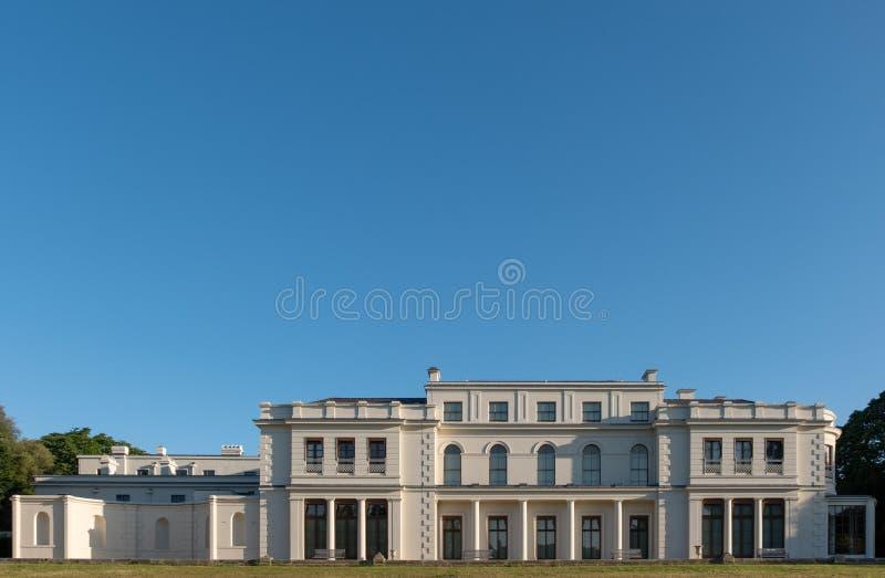Gunnersburypark en Museum op het Gunnersbury-Landgoed, door de Rothschild-familie, Londen het UK eens wordt bezeten dat royalty-vrije stock foto