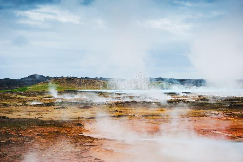 Gunnuhver geotermiczny teren w Iceland obraz royalty free