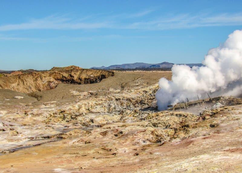 Gunnuhver geothermisch gebied - Krà ½ suvÃk, Seltun, Globale Geopark, Geothermisch actief gebied in IJsland stock fotografie