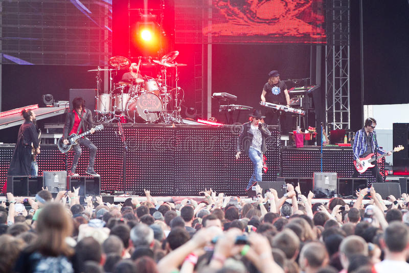 Download Guns N' Roses At Tuborg Green Fest Editorial Stock Image - Image: 25542209
